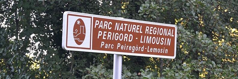 800px-Panneau_PNR_Périgord-Limousin